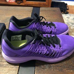Nike WMNS Lunaracer +3 Purple Venom Size 8.5